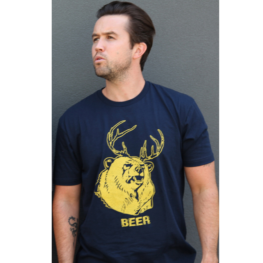 Design t shirt on mac -  Mac S Beer It S Always Sunny In Philadelphia T Shirt Bear Deer